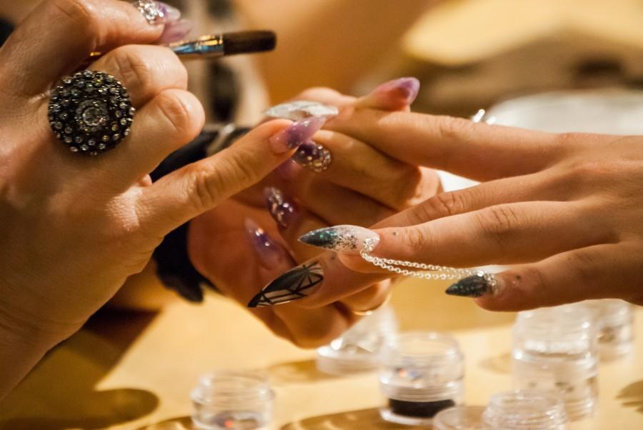 Manicura, manos, uñas, femenino, esculpido, esculpir, trabajo, manicure, mujer, gente, belleza, maquillaje,