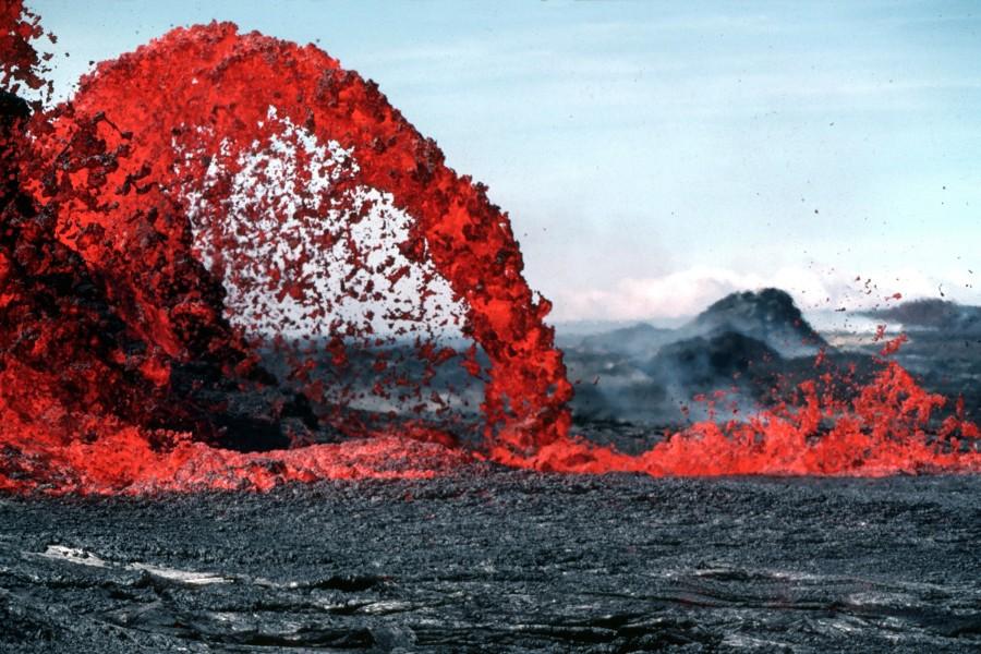lava, volcan, erupcion, mar, costa, caliente, roca, magma, liquido, erupcion, desastre, volcanico, volcanica,