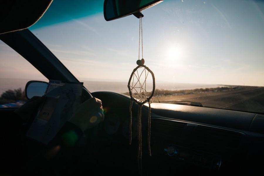 amuleto, auto, coche, carro, atardecer, ocaso, puesta de sol, vacaciones, viajar, viaje, Atrapa sueos, concepto, nadie,