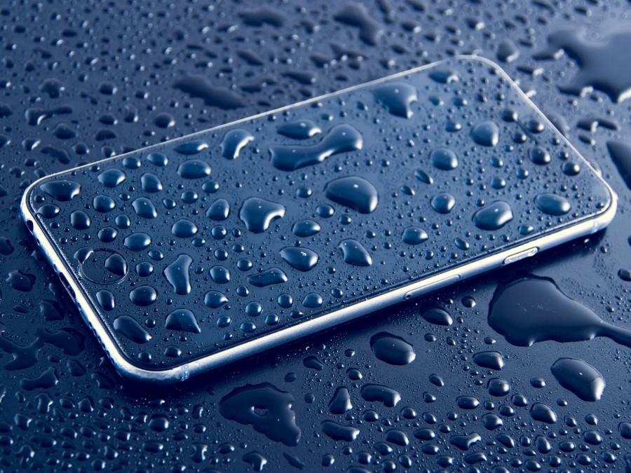 smartphone, agua, mojado, gotas, concepto, impermeable, tecnologia,