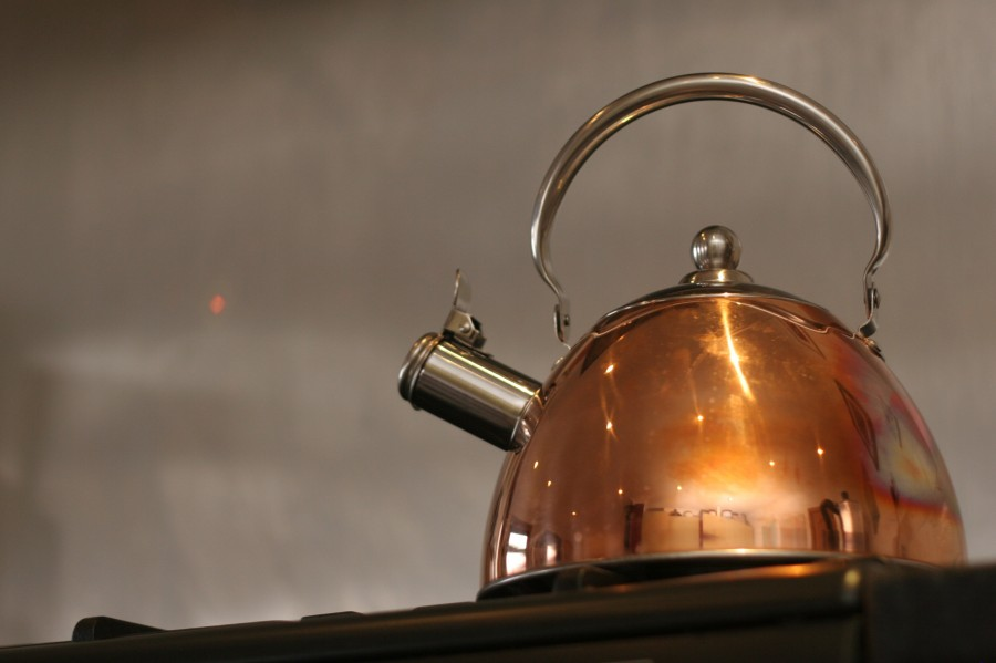 pava, hervidor, cocina, utensilio, objeto, metal, metalico, cobre,
