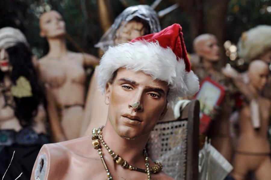 maniqui, moda, belleza, hombre, raro, concepto, fashion, desfile, navidad, gorro, roto, vidriera,