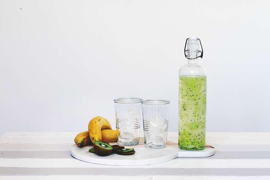 jugo, refresco, frutal, fruta, banana, salud, saludable, botella, bebida, frio,