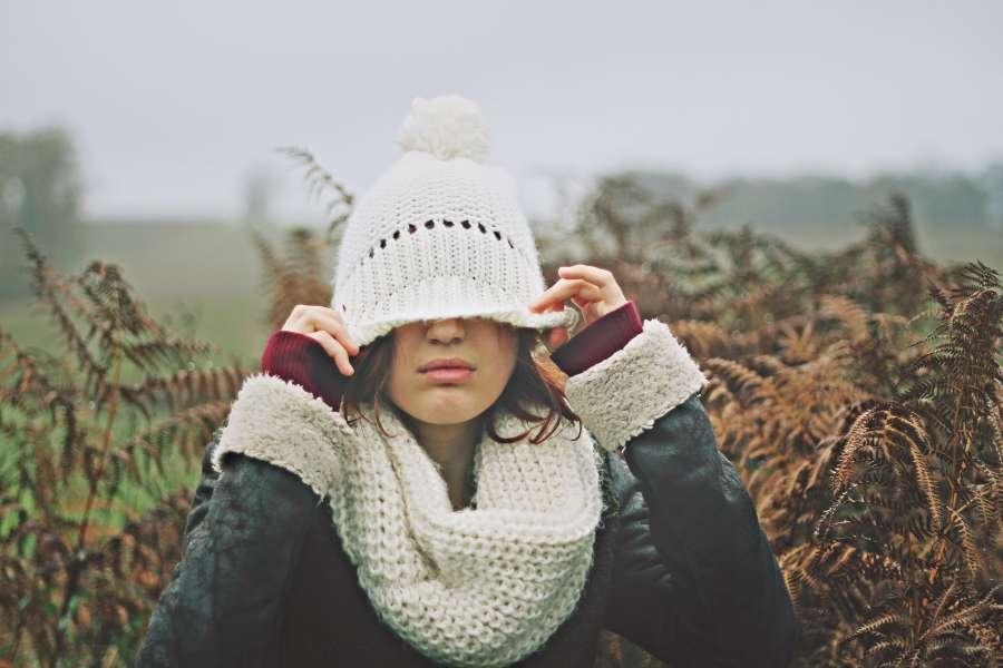 mujer, exterior, una persona, gorro, invierno, gorra, blanco,