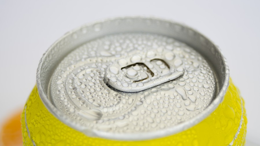 cerveza,lata, aluminio, primer plano, tapa, helada, fresco, frio, bebida, detalle,