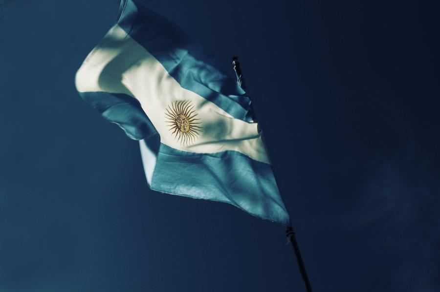 bandera, nacionalidad, argentina, país, celeste y blanca, cielo azul, mástil, patria, bandera argentina, simbolo patrio