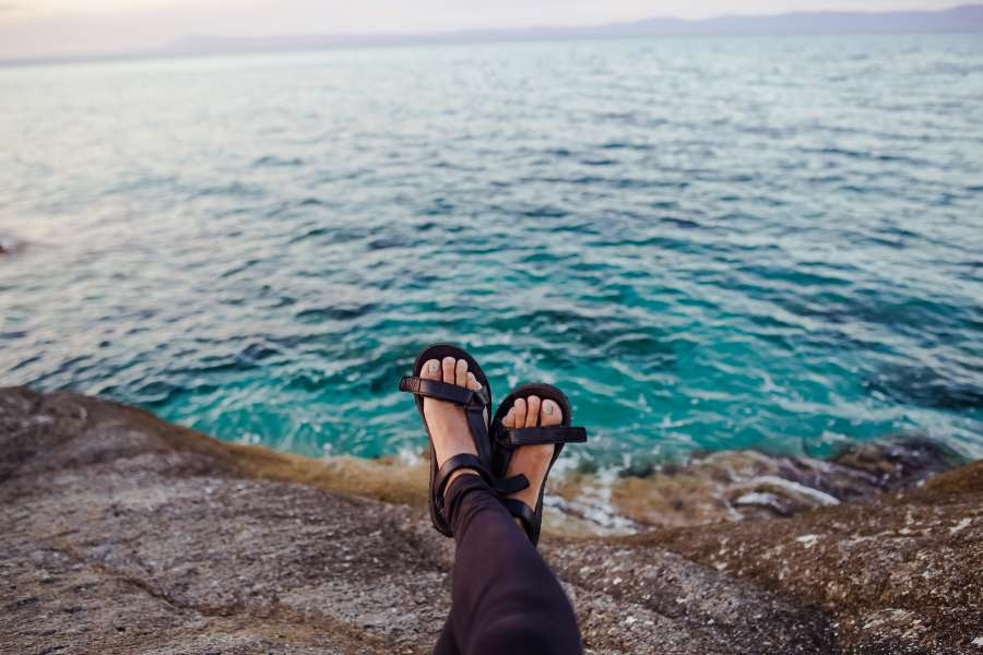 mujer, pie, pies, sandalia, mar, costa, relax, vacaciones, verano, agua, descanso, una persona, gente,