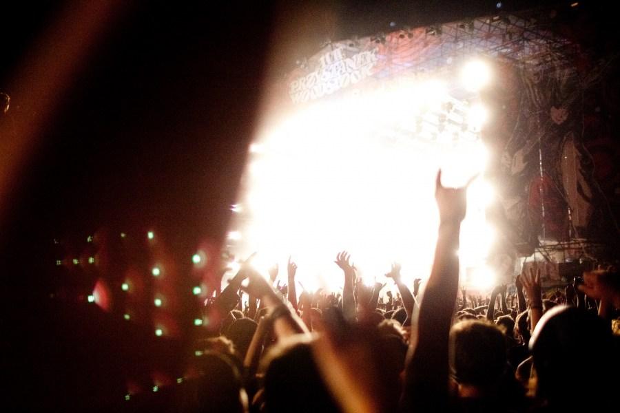 imagen de gente en recital