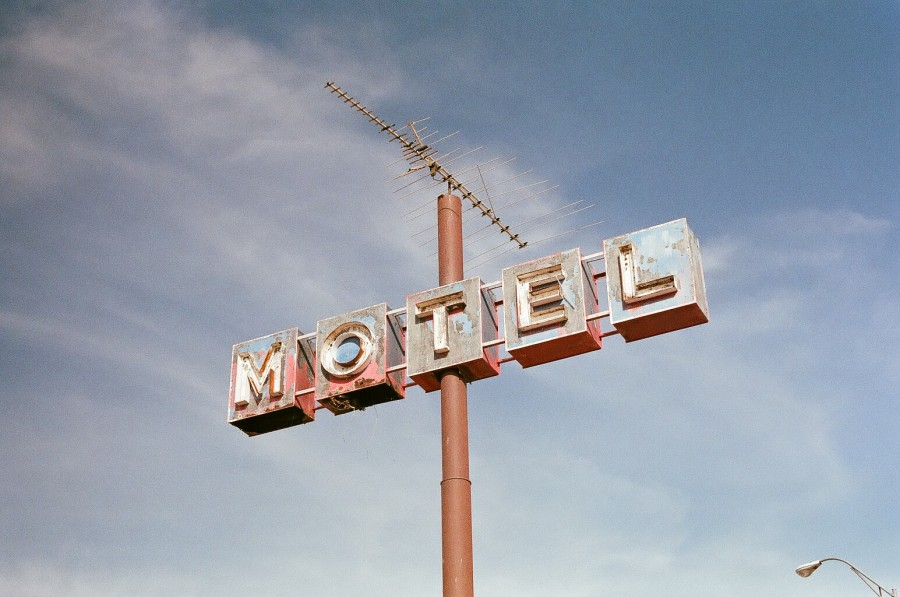 hotel, cartel, letrero, letra, antiguo, vintage, nadie, cielo, dia, antena, descuidado, alojamiento,