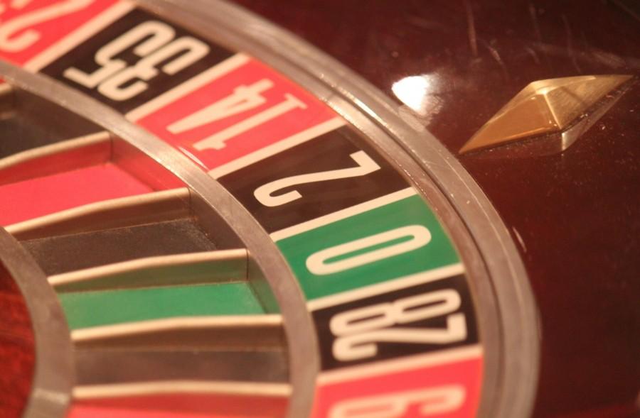 ruleta, juego, ludico, casino, azar, jugar, apostar, apuesta, diversion, suerte, fichas, girar,