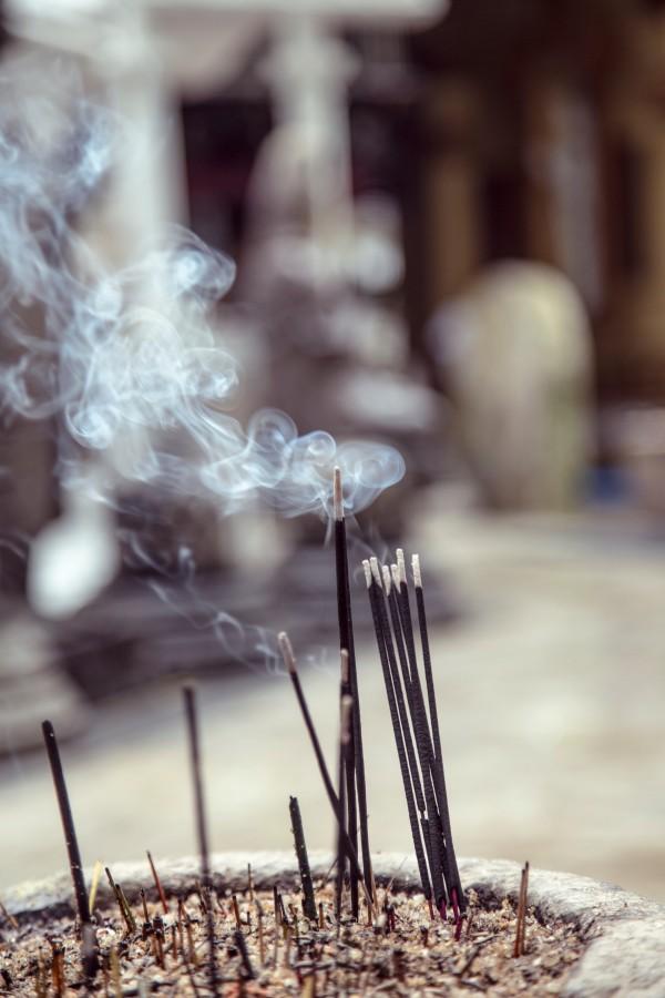 Sahumerio, fragancia, olor, incienso, nadie, humo, ritual, religion, energia, encendido,