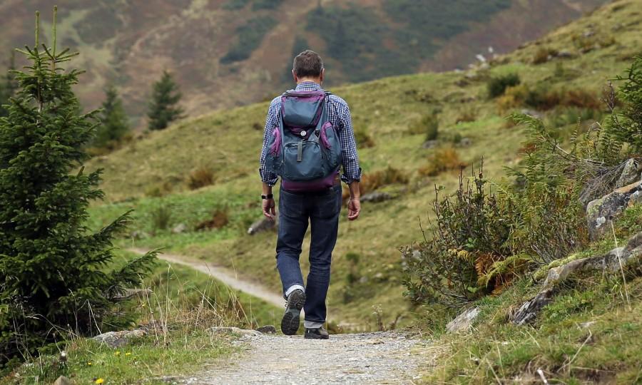trekking, hombre, hikking, senderismo, mochila, aire libre, exterior, deporte, caminar, caminata, aventura, camino, naturaleza,