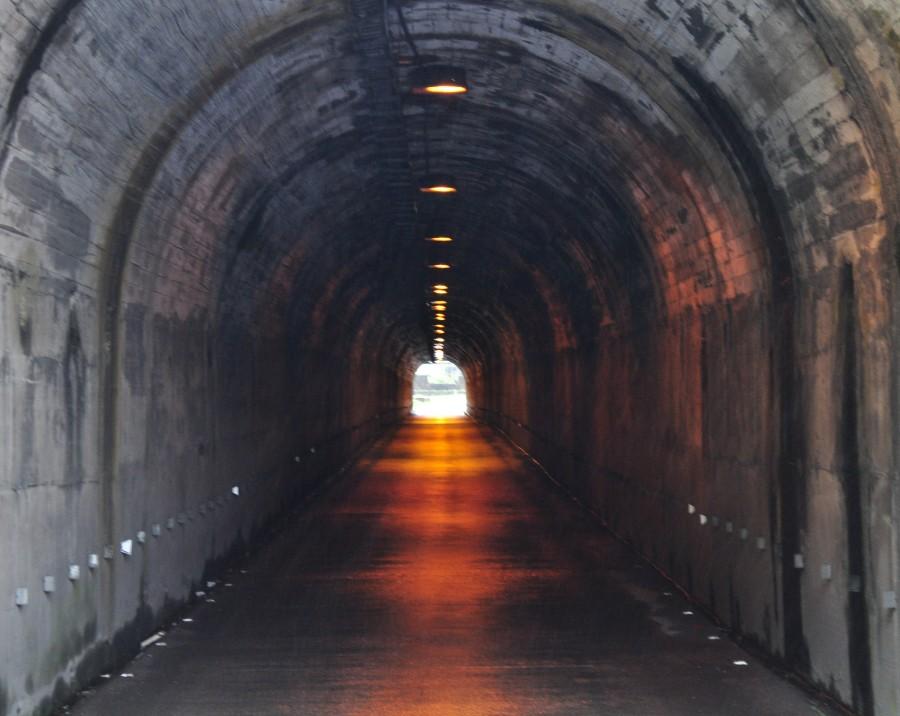 tunel, arquitectura, entrada, salida, final, luz, oscuro, camino, ruta, asfalto, nadie, concepto,