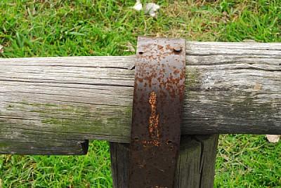 imágenes gratis madera,metal,oxido,oxidado,asiento,poste,baranda,t