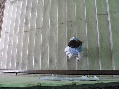 una persona,vista de arriba,gente,escale,escaleras