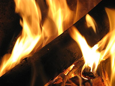 imágenes gratis fuego,fuegos,calor,braza,brazas,rojo,amarillo,colo
