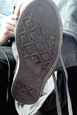 imágenes gratis prod03,zapatilla,zapato,goma,vista de abajo,pisada