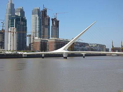 argentina,buenos aires,puerto madero,dia,aire libr