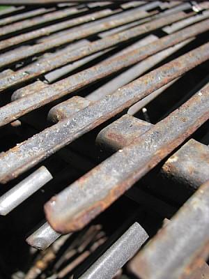 parrilla,oxido,metal,oxidado,cavidad,cavidades,var