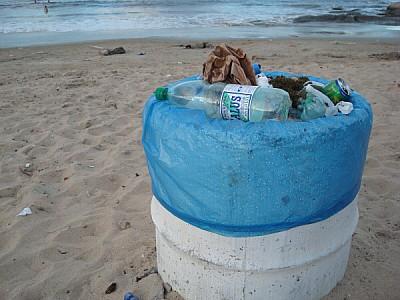 cesto,basura,residuo,residuos,tacho de basura,tach