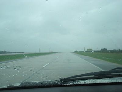 imágenes gratis auto,coche,carro,vista de frente,ruta,carretera,ca