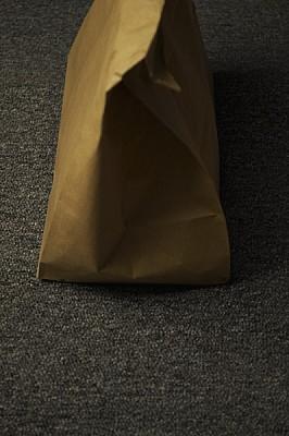 ,bolsa,emboltorio,papel,madera,papel madera,objeto