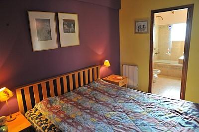 imágenes gratis ,interior,casa,habitacion,cuarto,cama,nadie,acolch
