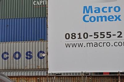 muchos, containers, cartel, informacion, letras, n