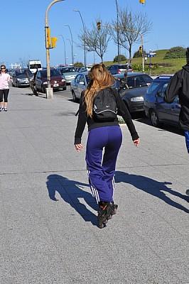 imágenes gratis Mujer en rollers