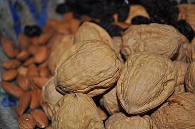 nueces, almendras, frutos secos, cascara, pequeños