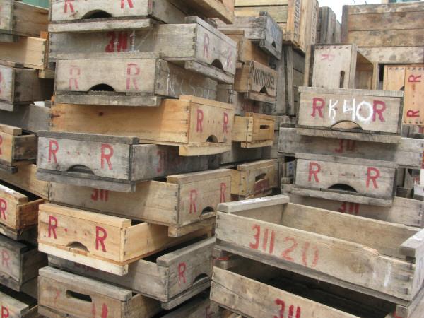 Imagen de cajon cajones madera fruta frutas vista de - Cajones de fruta de madera ...