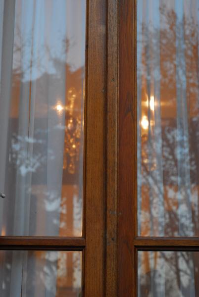 Imagen de puerta ventana vidrio vista de frente cortina - Cortinas de madera para puertas ...