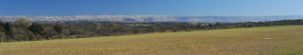 paisaje,campo,vista de frente,panoramico,panoramica,dia,aire libre,exterior,cielo azul,pasto,cesped,montaña,montañas,cordoba,argentina,verano,