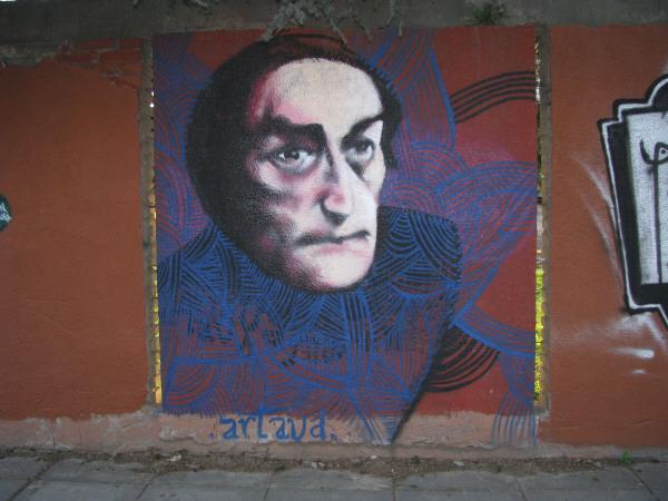 graffiti,pared,vista de frente,atardecer,luz,luces,color,arte,urbano,ciudad,prod01,cara,rostro,pintado,pintada,