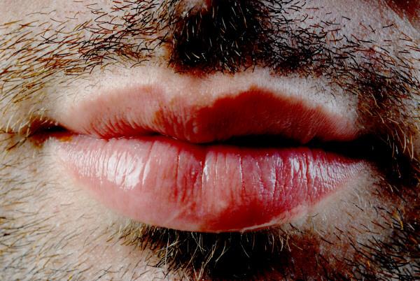 prod03,boca,,labio,labios,barba,hombre,joven,20 años,25 años,30 años,vista de fente,labio,labios,serio,seriedad,gesto,