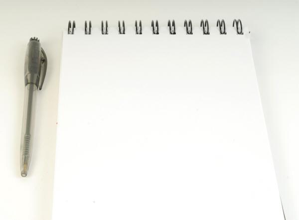 prod04,block,anotador,agenda,blanco,lapiz,vista de frente,ayuda memoria,hojas,papel,lapicera,boligrafo,