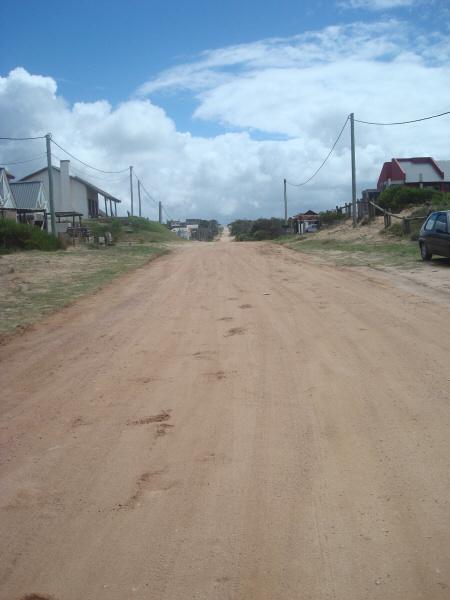 calle,camino,arena,pueblo,urbano,casa,casas,vista de frente,ciudad,costera,costa,verano,nadie,,prod05