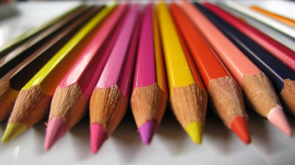 prod06,lapiz,lapices,color,colores,coloridos,colorido,nadie,primer plano,mucho,muchos,variedad,abanico,punta,puntas,mina,madera,grafico,niñez,escolar,escolaridad,concepto,util,utiles,escolares,