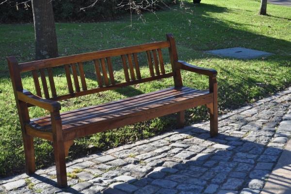 Imagen de plaza exterior jardin banco asiento madera - Banco madera exterior ...